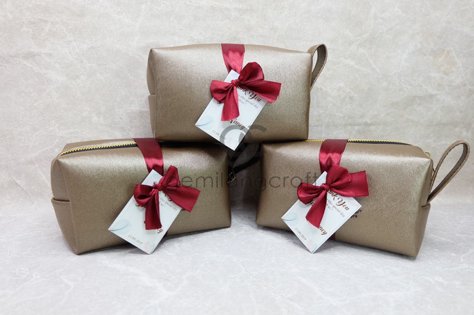Premium boxy pouch packaging ribbon James & Nancy by Gemilang Craft - 001
