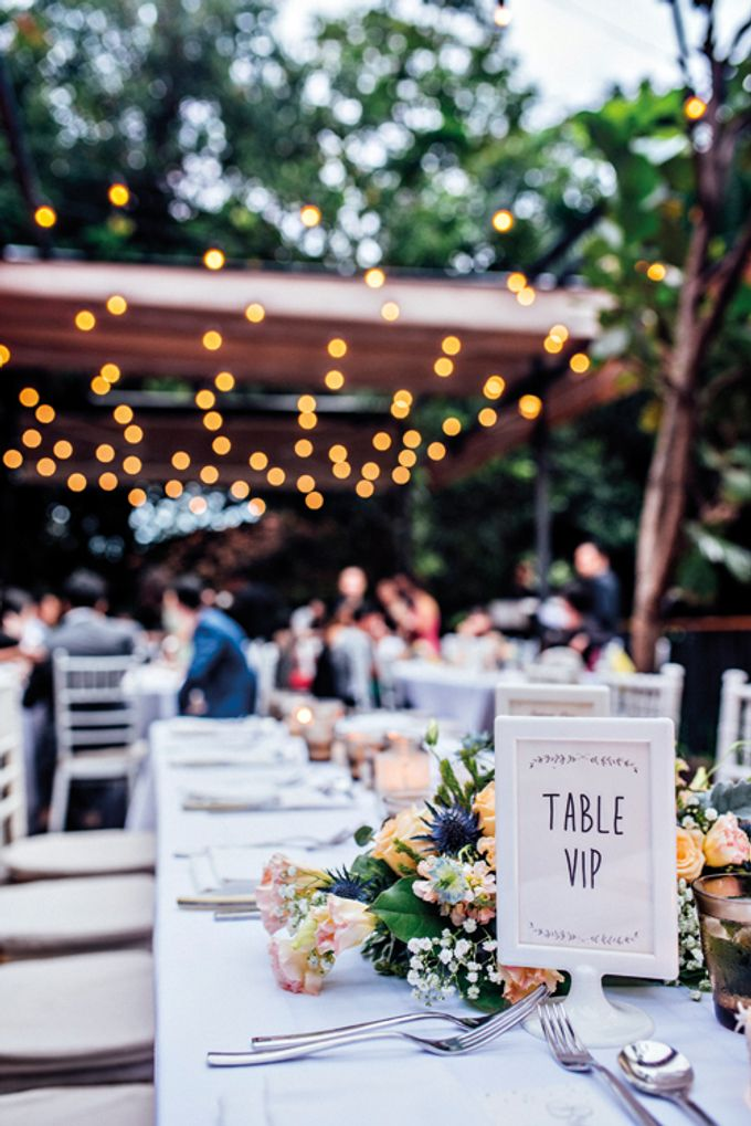 Rustic Wedding at Nosh by One Olive - 004