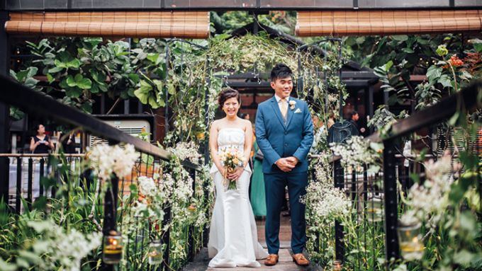 Rustic Wedding at Nosh by One Olive - 002