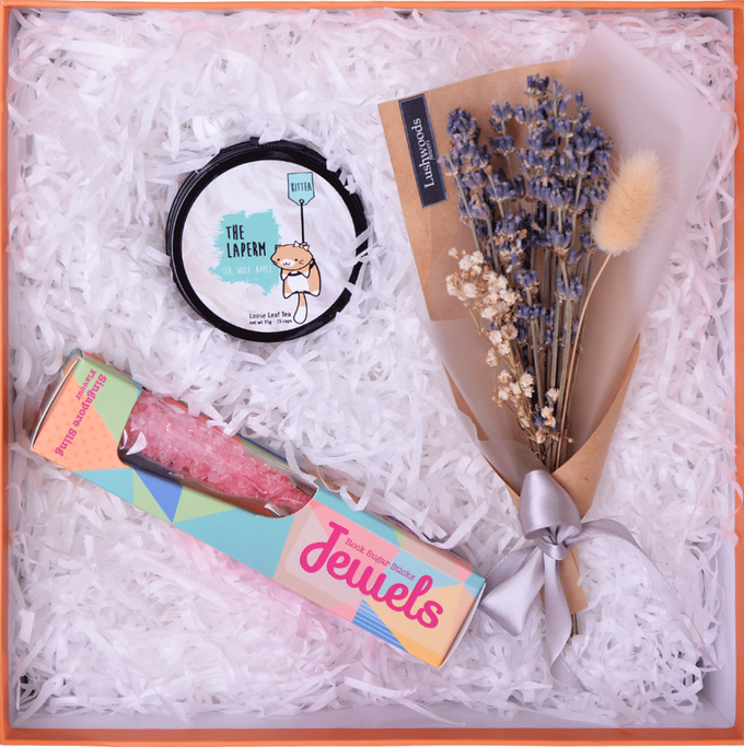 Giv Giv Gift Boxes - Curated for Bridesmaids by Giv Giv - 002