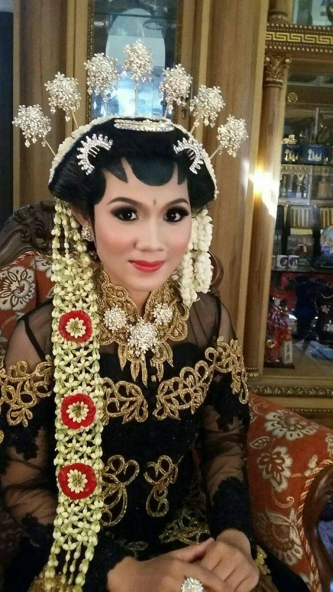 A Dream Come True Wedding by Sanggar Rias Pengantin Shanti Chaidir - 012