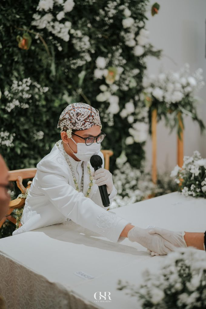 Disty & Dicky Wedding by Get Her Ring - 019