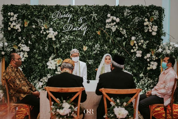 Disty & Dicky Wedding by Get Her Ring - 027
