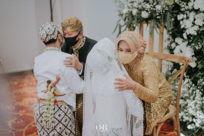 Disty & Dicky Wedding by Get Her Ring - 033