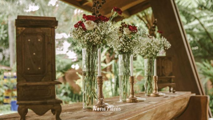 Ghea & Iqbal Wedding Decoration by Nona Manis Creative Planner - 007