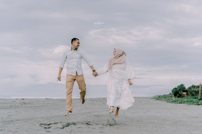 Prewedding Eca & Ahmad by Proscapictura. Id - 004