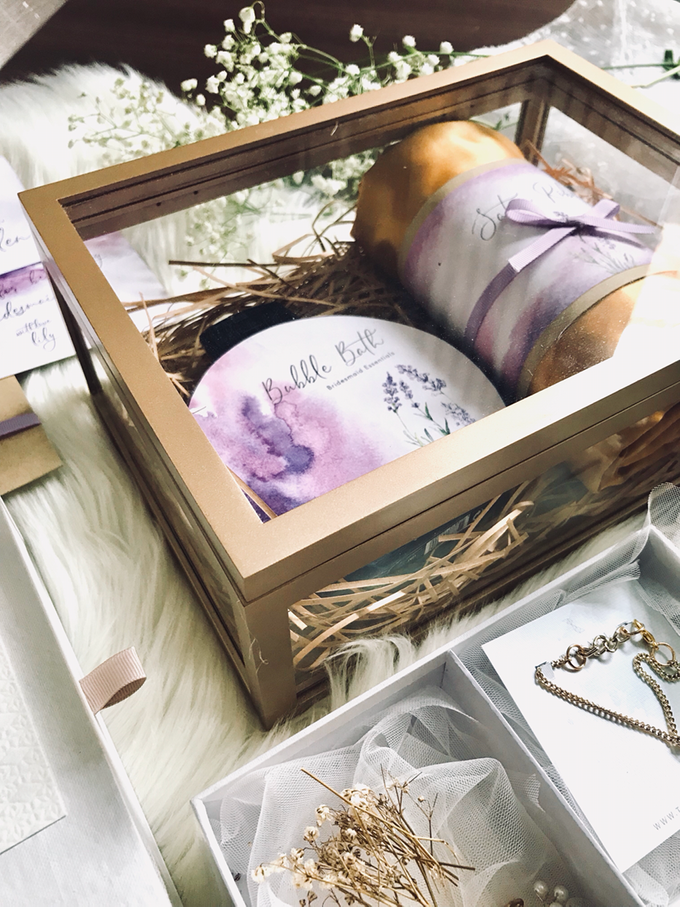 Bridesmaid boxes for Tanjung and Lily big day by Vantis Official - 003