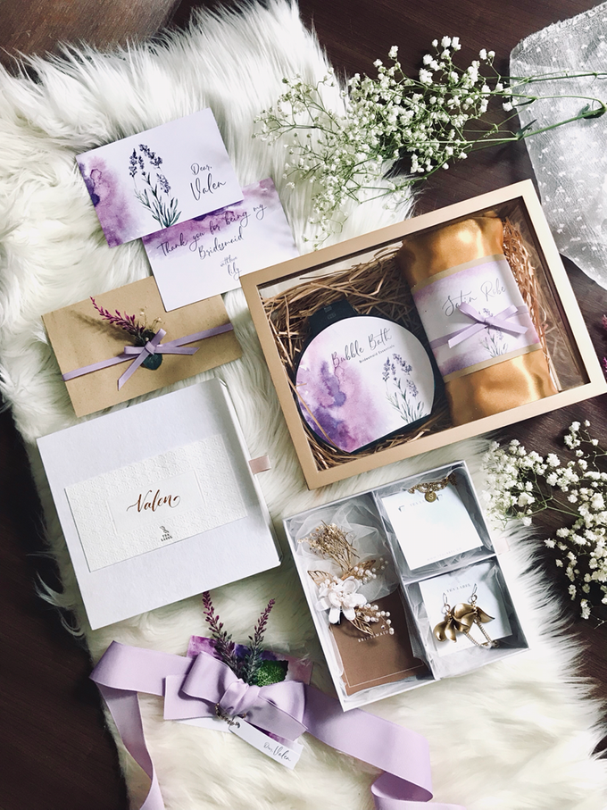Bridesmaid boxes for Tanjung and Lily big day by Vantis Official - 002