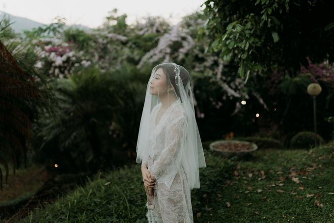 Yenni and Peter Wedding Day by NOMA Jewelry & Accessories - 003