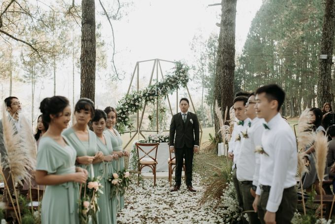 Yenni and Peter Wedding Day by NOMA Jewelry & Accessories - 008