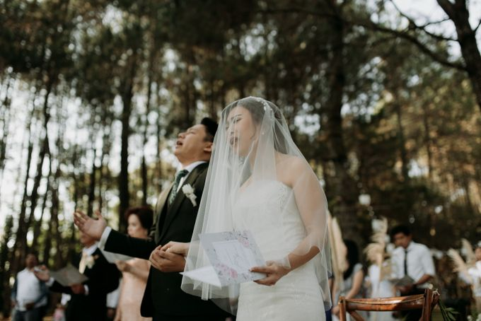 Yenni and Peter Wedding Day by NOMA Jewelry & Accessories - 012