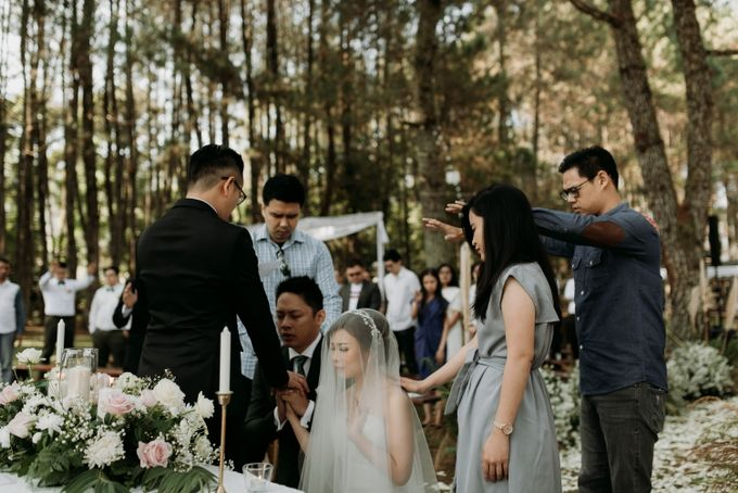 Yenni and Peter Wedding Day by NOMA Jewelry & Accessories - 016