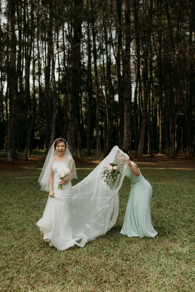 Yenni and Peter Wedding Day by NOMA Jewelry & Accessories - 024