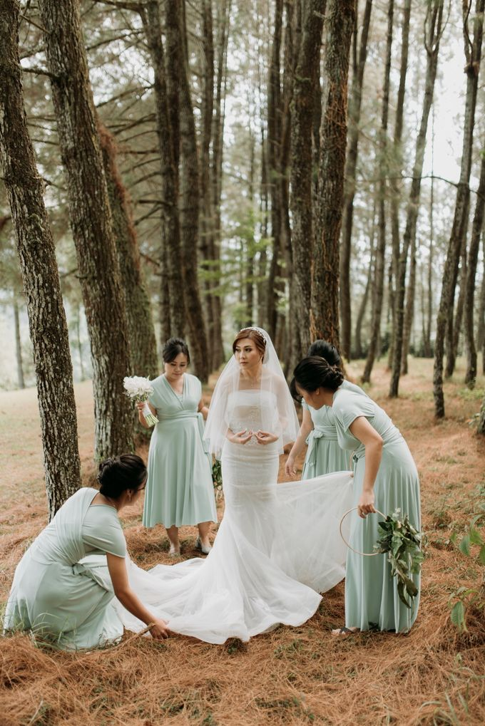 Yenni and Peter Wedding Day by NOMA Jewelry & Accessories - 026