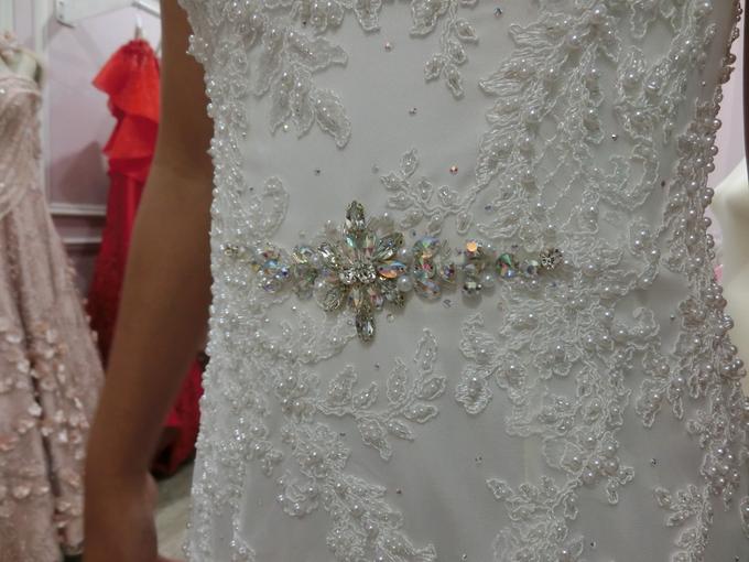 Wedding Gown by GÍSELA - 010