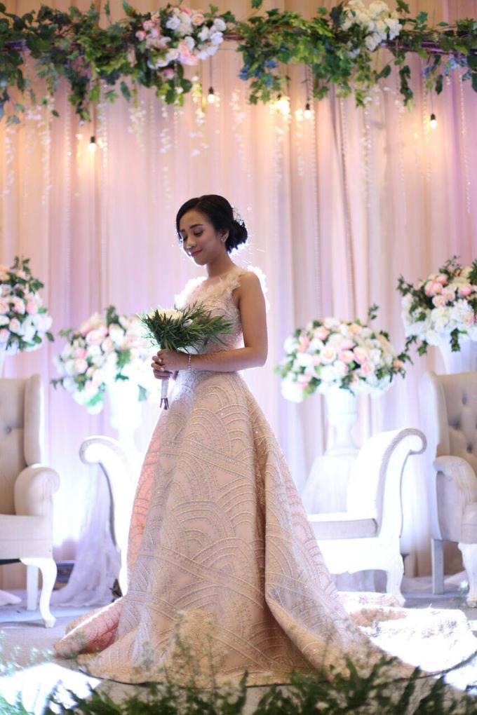 Wedding Gown by GÍSELA - 015