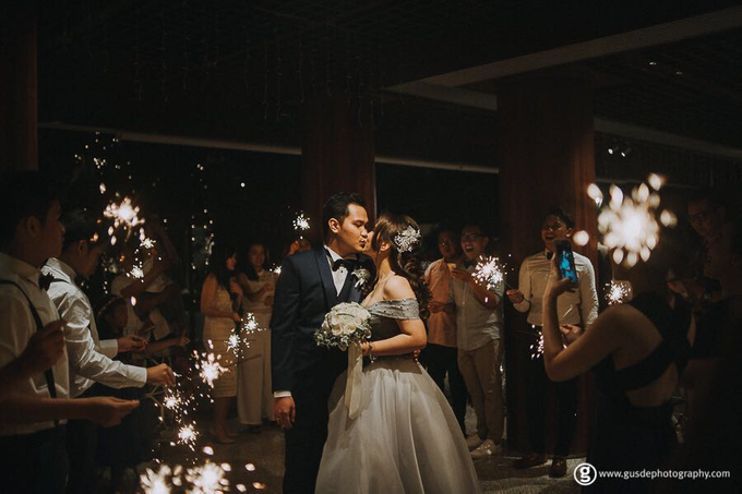 Guzena & Tiffany's Bali wedding by Gusde Photography - 001