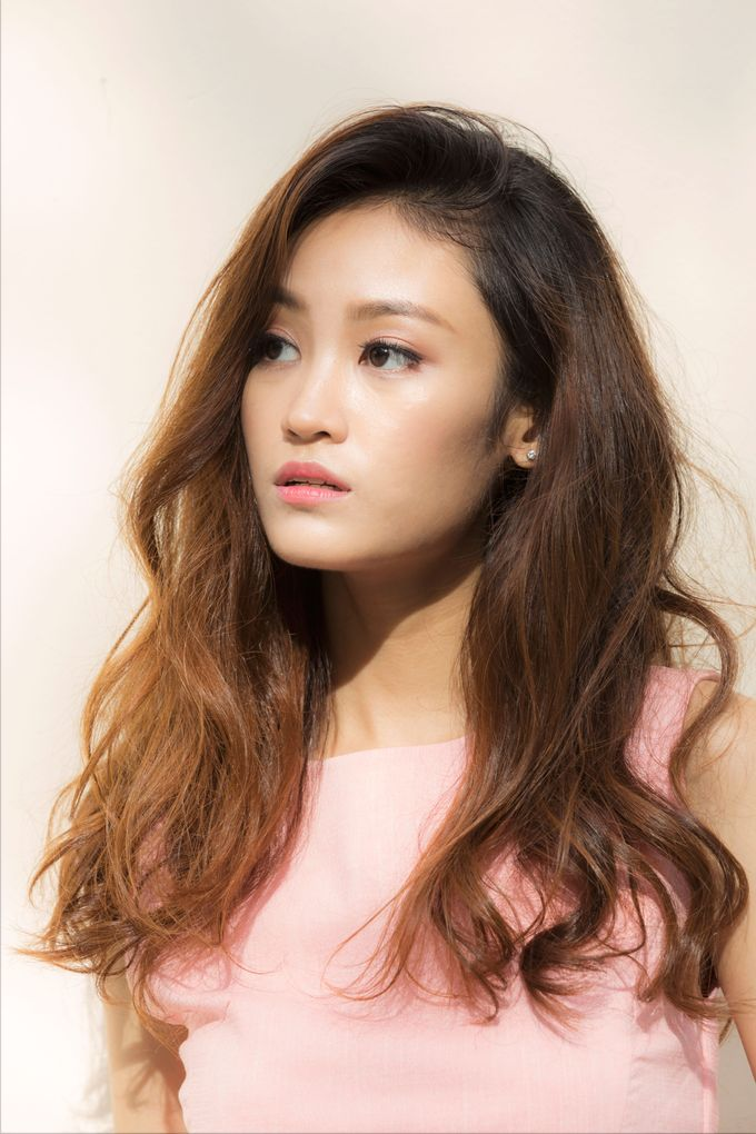 Simple Chic Makeup and Hairstyles Portrait Fashion Photoshoot by Sylvia Koh Makeup and Hairstyling - 004