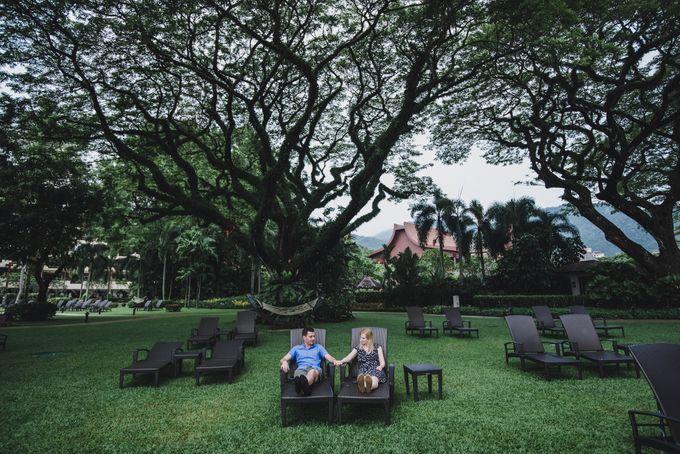 Glenn & Camille Engagement Portrait by Shangri-La Rasa Sayang Resort - 006