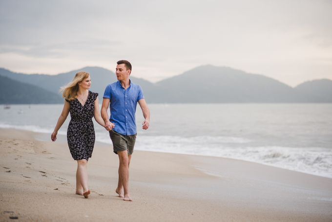 Glenn & Camille Engagement Portrait by Shangri-La Rasa Sayang Resort - 007