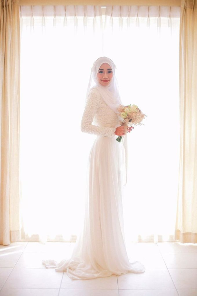 Nikah Wedding Dress by Emma Wedding - 001