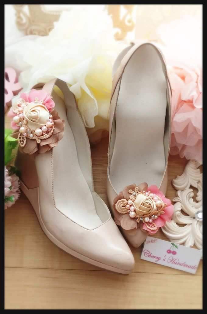 Flowery Shoeclips by Cherry's  Handmade - 001