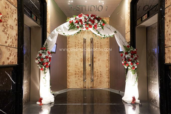 Bright Red & Crispy White Reception - Daniel & Cordelia by Glitz&Glam Studiobooth - 011