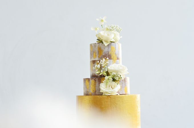 Wedding cakes and cupcakes by CUPCAKES COMPANY - 004