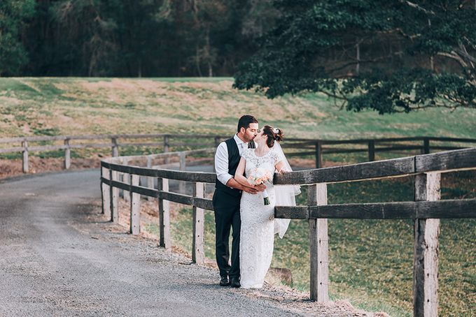 Carly & Adam | Peppers Ruffles Lodge Wedding by Andrew Sun Photography - 034