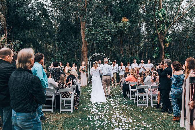 Sarah & Alfred | Terri's Rustic Farm Wedding by Andrew Sun Photography - 010