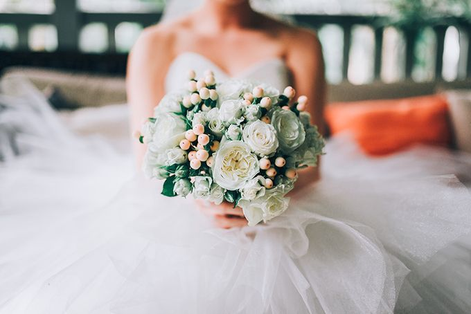 Shadae & Rhys | Links Hope Island Wedding by Andrew Sun Photography - 013