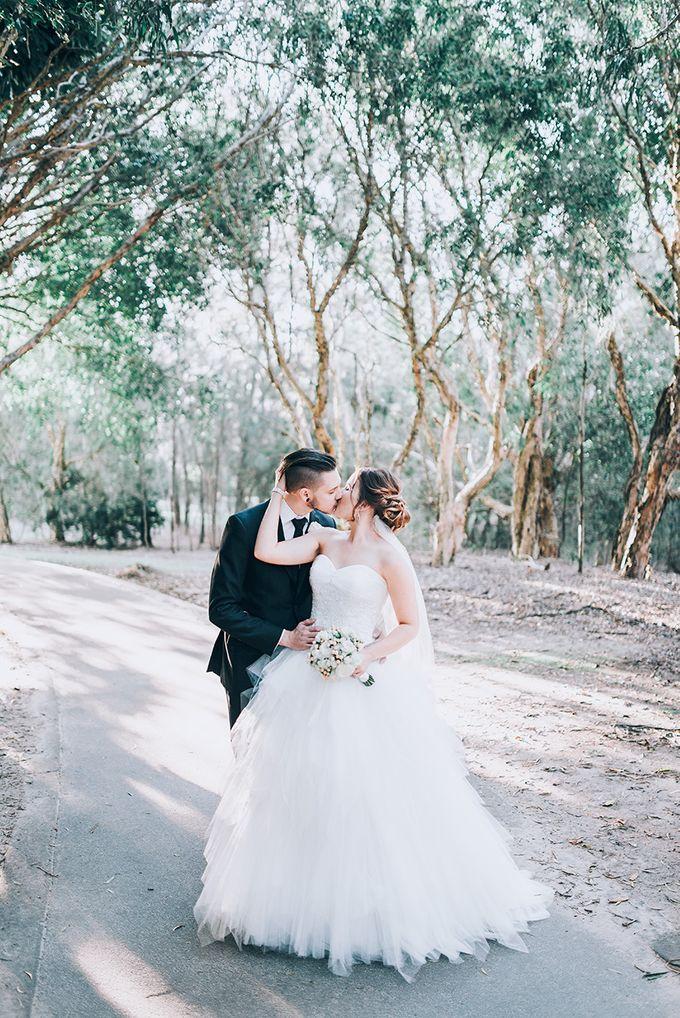 Shadae & Rhys | Links Hope Island Wedding by Andrew Sun Photography - 026