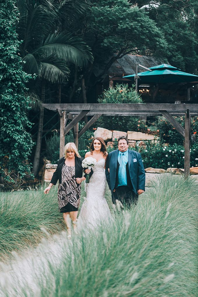 Sharna & Nick | Braeside Chapel Wedding by Andrew Sun Photography - 006