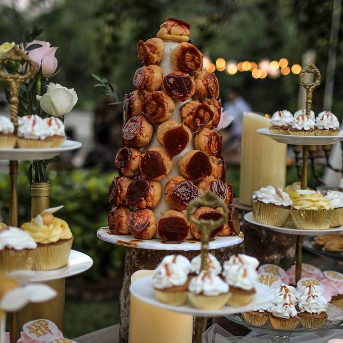 Rustic Dessert Table by Gordon Blue Cake - 034