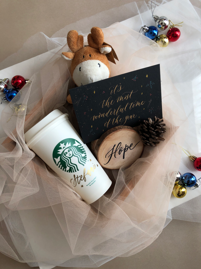 Custom christmas hamper 2019 by Grace and Truly Calligraphy - 006