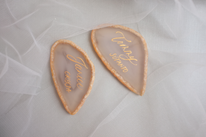 Agate & CrystalAgate Lettering for Wedding Styling by Grace and Truly Calligraphy - 001