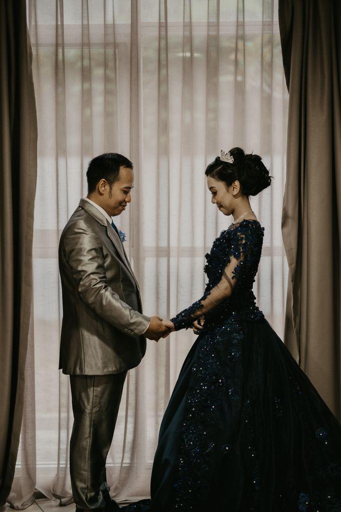 Lakeside Wedding of Grace & Joko by AKSA Creative - 002