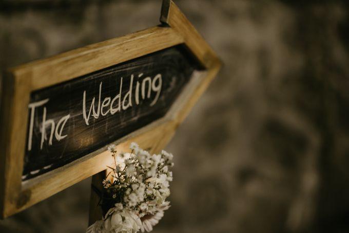 Lakeside Wedding of Grace & Joko by AKSA Creative - 006