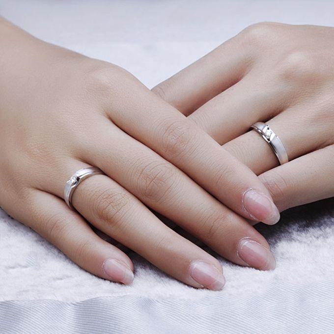 Tiaria Graceful Diamond Ring Perhiasan Cincin Pernikahan Emas dan Berlian by TIARIA - 005