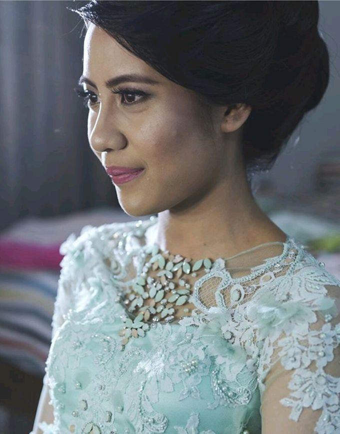 Arina & Therza Engagement by FANNY KARTIKA - 002