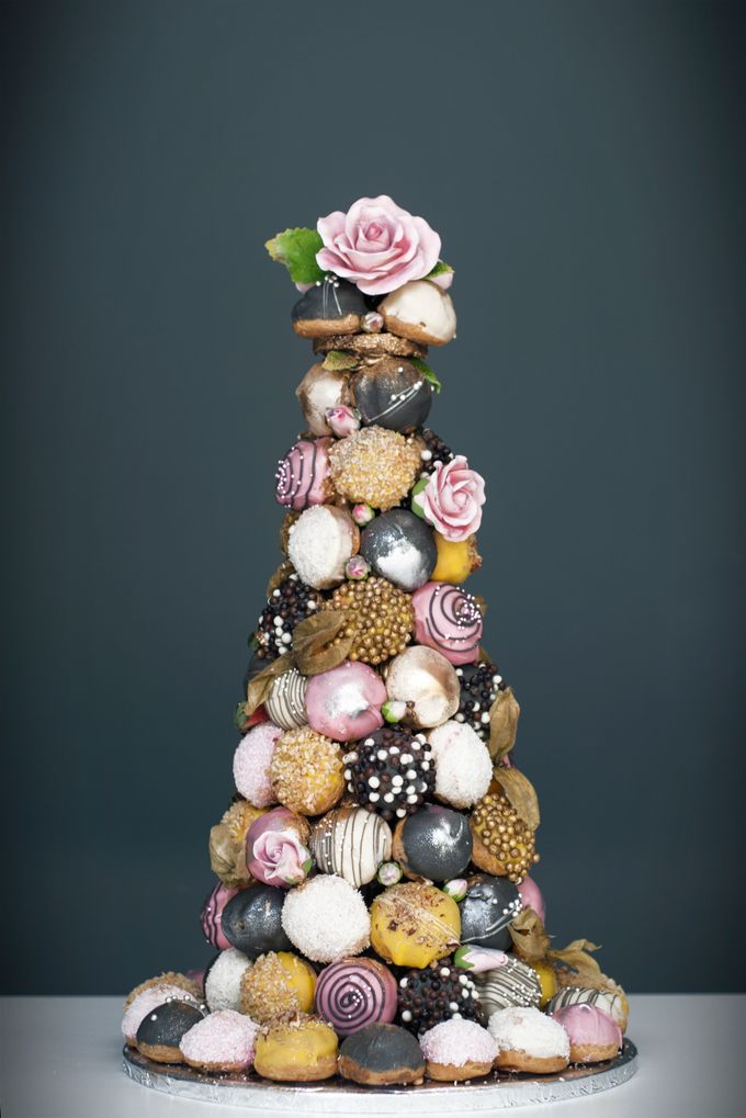 Wedding CROQUEMBOUCHE -Cream Puff Tower by Pulse Patisserie - 010