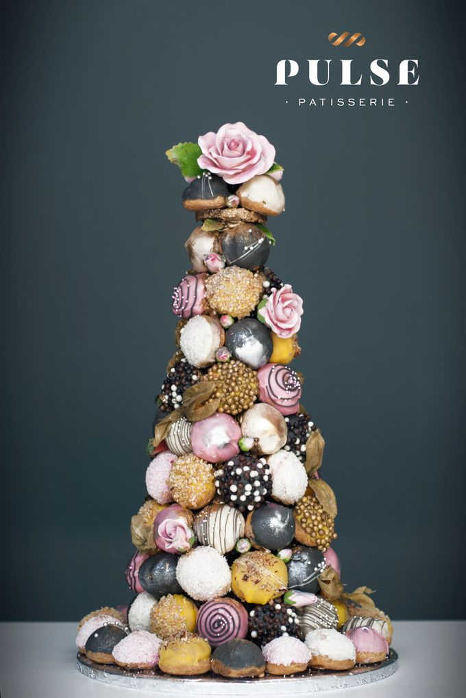 Wedding CROQUEMBOUCHE -Cream Puff Tower by Pulse Patisserie - 009