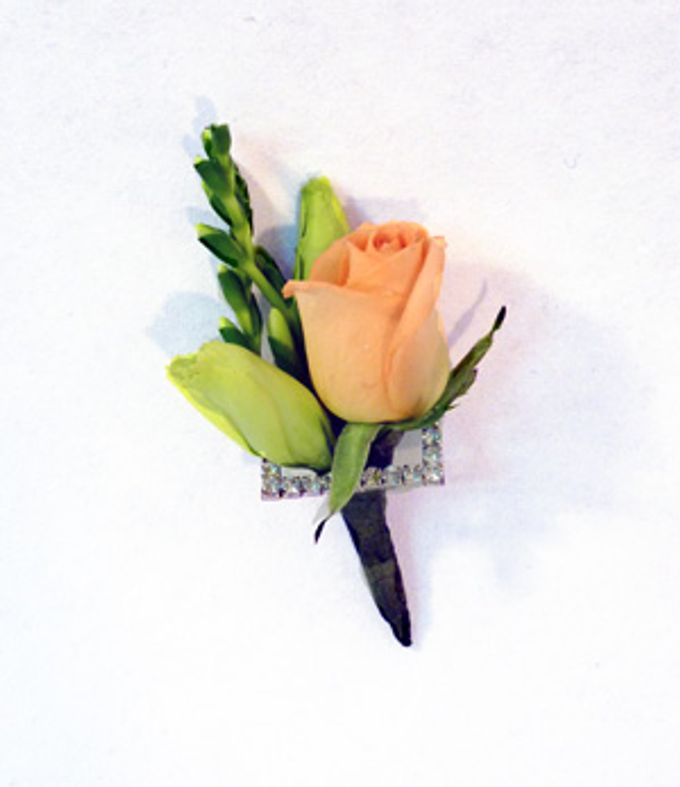 Boutonnieres & Corsages by The Olive 3 (S) Pte Ltd - 009