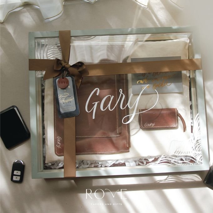 Groomsmen Kit For Your Best Friends by Rove Gift - 001