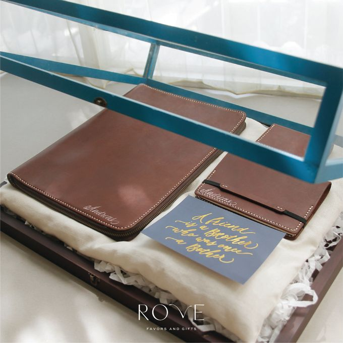 Groomsmen Kit For Your Best Friends by Rove Gift - 004