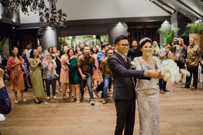 Nana & Bram Wedding Day at Kembang Goela Restaurant - Jakarta Selatan by Cassia Decoration - 002