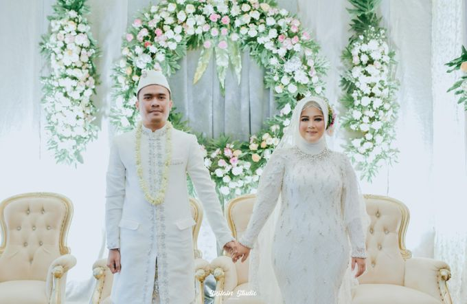 The Ballroom Wedding Of Muti & Adhi by Fave Hotel Hypersquare - 021