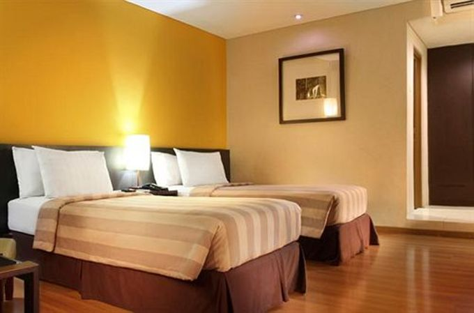 Guest Rooms by Gumilang Regency Hotel - 004