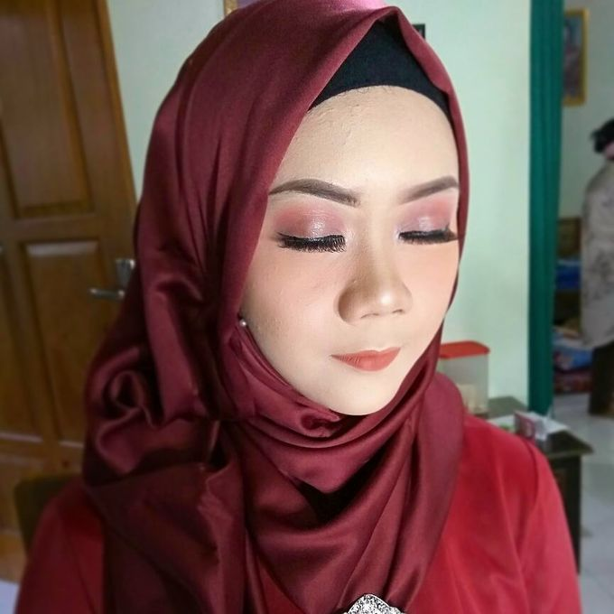 Peachy.Maroon Makeup by awmodis.makeup - 001