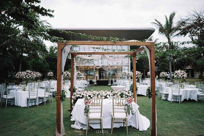 Beachfront Wedding at Sofitel Bali by WiB flowers - 002